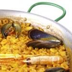 Fideua - Noodle paella — Stock Photo #13704655