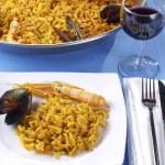 Fideua - Noodle paella — Stock Photo #13704752