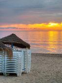 Stranden vid soluppgång. — Stockfoto