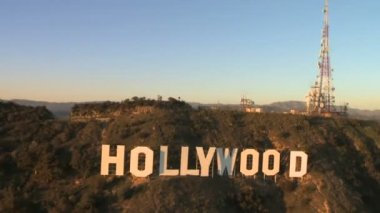 Aerial of the Hollywood Sign — Stock Video