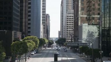 Busy City Street in Downtown Los Angeles. Daytime — Stock Video