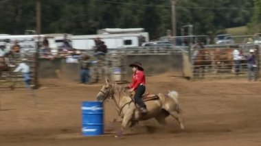 Rodeo Cowboys - Cowgirls Barrel Racing in Slow Motion — Stock Video
