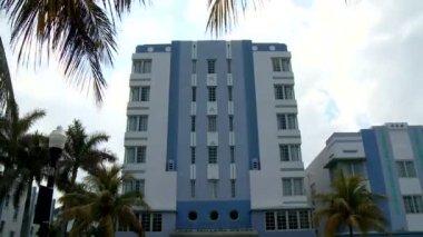 時間の経過のアールデコの建物のマイアミ — ストックビデオ