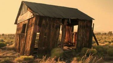 Abandon House at Sunset — Stock Video