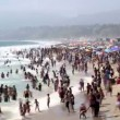 Stock Video: Crowded Beach in Santa Monica - Time Lapse