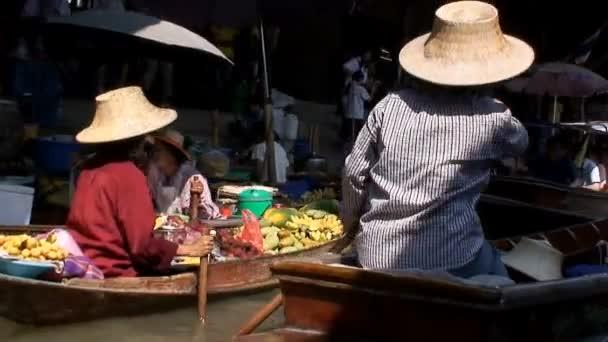 Mercado flotante de Tailandia — Vídeo de stock