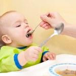 Spoon Feeding — Stock Photo