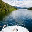 Scenic lake cruise — Stock Photo