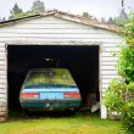 Abandoned car — Stock Photo #13741005