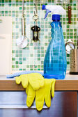 Kitchen cleaning — Stock Photo