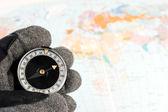 Kompas v ruce — Stock fotografie