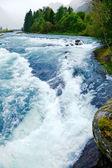 Pędzi lodowiec river — Zdjęcie stockowe
