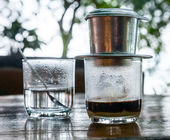 Vietnamese drip coffee — Stock Photo