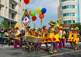 Street carnival clowns — Stock Photo