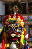 The dancer in mask performing religious Cham dance in Ladakh, In — Stock Photo