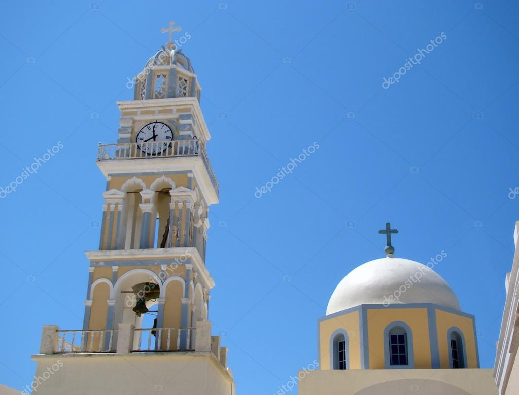 Church towers in Fira town, Santorini, Greece — Stock Photo #21197097