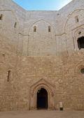 Castel del Monte - courtyard, Apulia, Italy — Stockfoto
