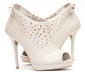 Sapatos de salto altos bege — Foto Stock