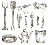 Set of gardening tools drawings, vector illustrations — Vector de stock