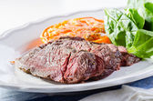 Roastbeef with pepper sauce — Stock Photo