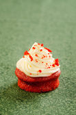 Red velvet cupcake with cream cheese icing — Stock Photo