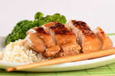 Grilled chicken Teriyaki with steamed rice and vegetables — Stock Photo