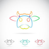 Vector image of an cow face — Vector de stock