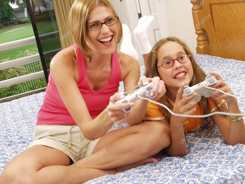 фото дочки матери порно № 232329 загрузить