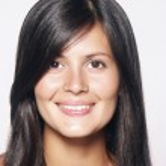 närbild porträtt av ung vacker latin kvinna — Stockfoto
