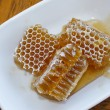 Honeycomb in plate 1 — Stock Photo