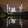 Постер, плакат: Reflection of mosque
