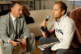 "Rocco Siffredi visiting Sergei Pryanishnikov. Rocco Siffredi gives interview for ""Sp-Club"" ,""Tricolor TV"", interview takes a well-known actor and anchorperson Igor Bubenchikov — Foto de Stock"