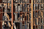 Vintage typeset letter press stored — Stockfoto