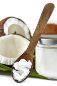 Close-up of coconut oil on the wooden spoon — Stok fotoğraf