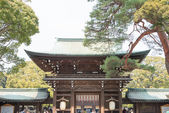 TOKYO, JAPAN - APRIL 10 2014: Meiji Shrine(Meiji Jingu). Meiji Shrine is the Shinto shrine dedicated to the divine souls of Emperor Meiji and his wife, Empress Shoken. — Stock Photo