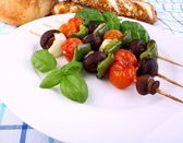 Vegetarian grilled with brown mushrooms, peppers, cherry tomatoes — Stock Photo