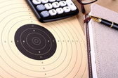 Calculate target and reach — Stock Photo