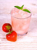 Strawberry slush in glass with fruits and mint — Stock Photo