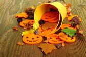 Décoration halloween seau jaune — Photo