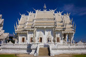 Beautiful white temple, Rong Khun Temple, Chiangrai Thailand. — Stock Photo