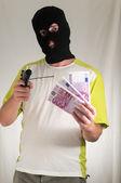 ピストル銃を保持している男 — ストック写真