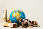 Globe Earth and Money — Stock fotografie