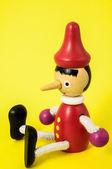 Pinokio zabawka statua — Zdjęcie stockowe
