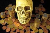 Death Money Concept Skull and Currency — Stock Photo