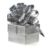 Caixa de prata com laço branco — Foto Stock
