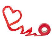 Corazón rojo de cinta adhesiva aislada en blanco — Foto de Stock