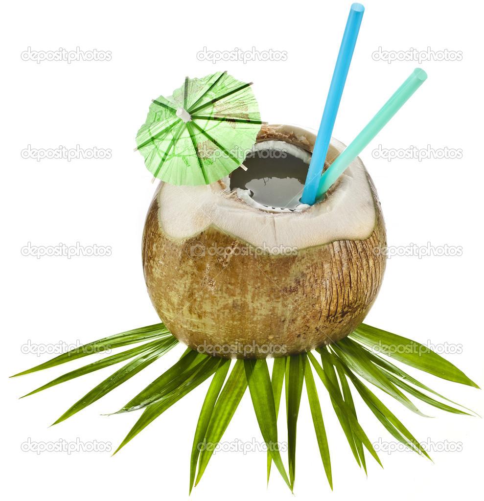 kokosnuss drink mit einem strohhalm isoliert auf wei em hintergrund stockfoto madllen 13992634. Black Bedroom Furniture Sets. Home Design Ideas