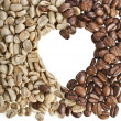 Frame of unroasted and brown coffee beans in shape heart on white background — Stock Photo