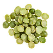 Green split peas isolated on white background — Stockfoto