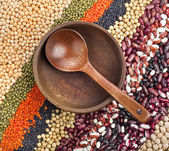 Colorful striped rows of dry lentils, soya beans, groats ,peas, grain ,buckwheat, soybeans, legumes, rice, backdrop — Stock Photo